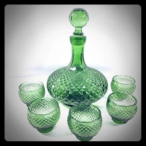 Other - Emerald Green Glass Decanter Set with 5 Glasses